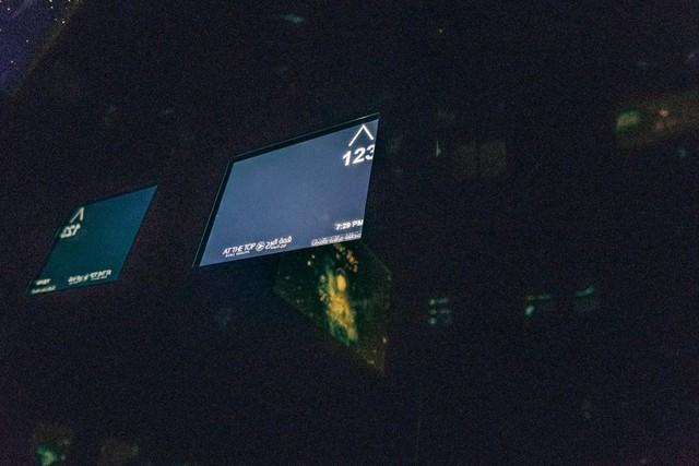 Bỏ 40 USD lên toà nhà cao nhất địa cầu ở Dubai, du khách ước mình không mua vé - Ảnh 21.
