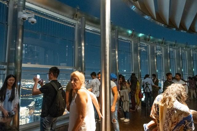 Bỏ 40 USD lên toà nhà cao nhất địa cầu ở Dubai, du khách ước mình không mua vé - Ảnh 22.