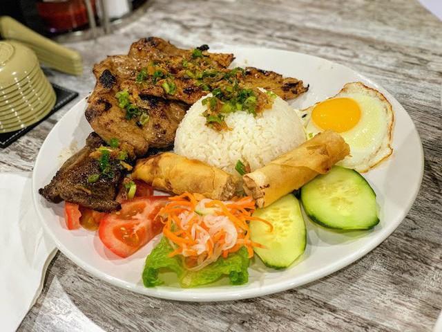 Tin vui cuối năm: nhà hàng phở Việt nhận giải Oscar làng ẩm thực danh giá của Mỹ - Ảnh 5.