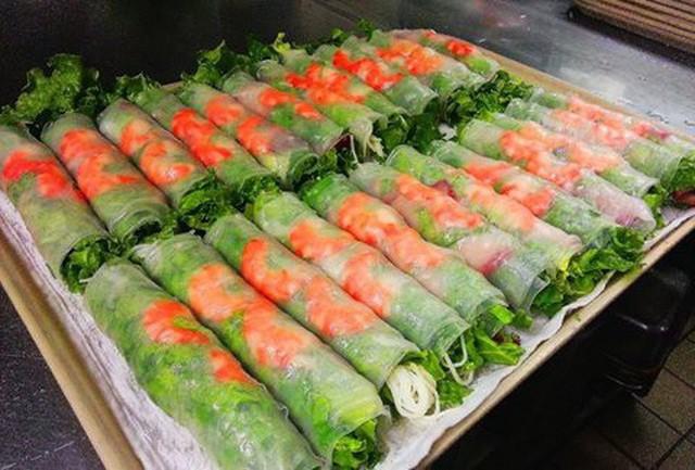 Tin vui cuối năm: nhà hàng phở Việt nhận giải Oscar làng ẩm thực danh giá của Mỹ - Ảnh 7.
