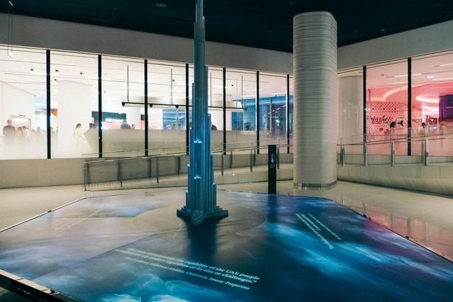 Bỏ 40 USD lên toà nhà cao nhất địa cầu ở Dubai, du khách ước mình không mua vé - Ảnh 9.
