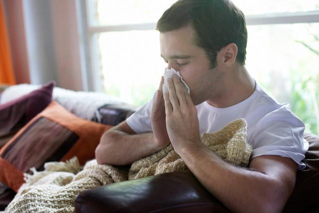 Đây là những triệu chứng cảnh báo ung thư sớm mà con trai không nên chủ quan bỏ qua - Ảnh 1.