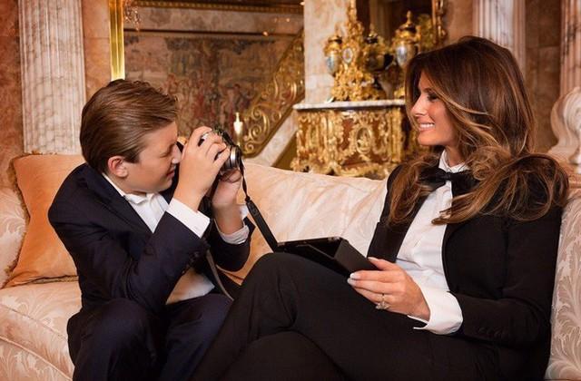 Điều ít biết Đệ nhất phu nhân Mỹ: Từng là người mẫu nóng bỏng, học vị cao, chưa bao giờ phụ thuộc chồng tỷ phú - Ảnh 9.