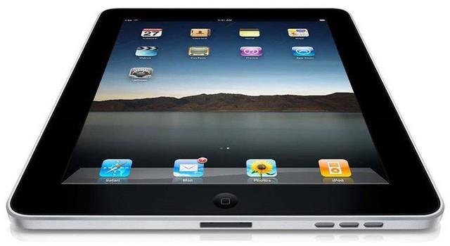Hôm nay tròn 9 năm Bill Gates công khai chê Apple iPad chả có gì đặc sắc - Ảnh 1.