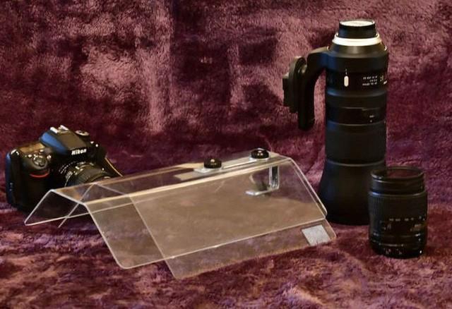 Ý tưởng triệu đô: Che ô cho máy ảnh để chụp ảnh lúc trời mưa - Ảnh 2.