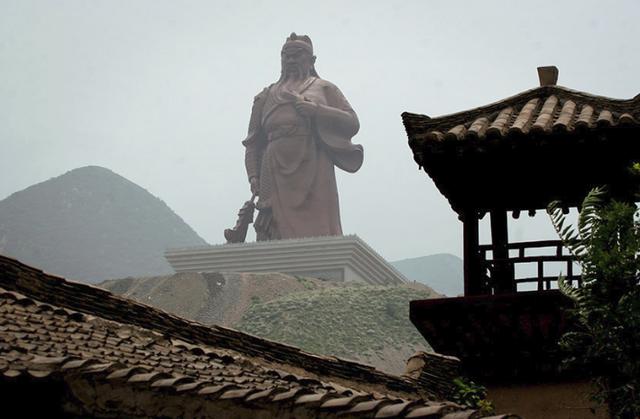 Bí ẩn đằng sau trào lưu xây các tượng Phật khổng lồ lớn nhất thế giới của Trung Quốc - Ảnh 2.