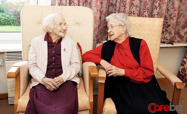 Bí quyết sống thọ của cụ bà đi qua 109 mùa Valentine vẫn chưa lấy chồng: Ăn cháo ấm mỗi sáng và tuyệt đối tránh xa đàn ông! - Ảnh 2.