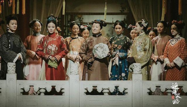 10 sự thật không có trên phim về hậu cung Càn Long: Đâu chỉ có chuyện bà cháu chung chồng - Ảnh 1.