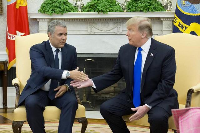 Báo Mỹ: Venezuela căng thẳng đỉnh điểm, TT Trump sẽ tuyên bố điều quân tới Colombia vào tuần sau? - Ảnh 1.