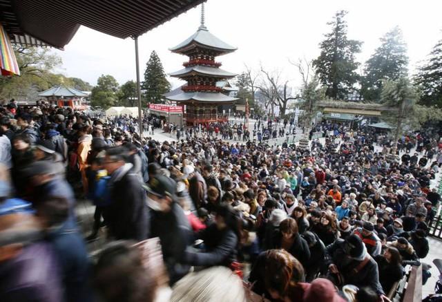Vì sao không nhận tiền cúng bái, không có sư trụ trì nhưng hàng chục nghìn ngôi chùa tại Nhật vẫn tồn tại tới hàng trăm năm ? - Ảnh 3.
