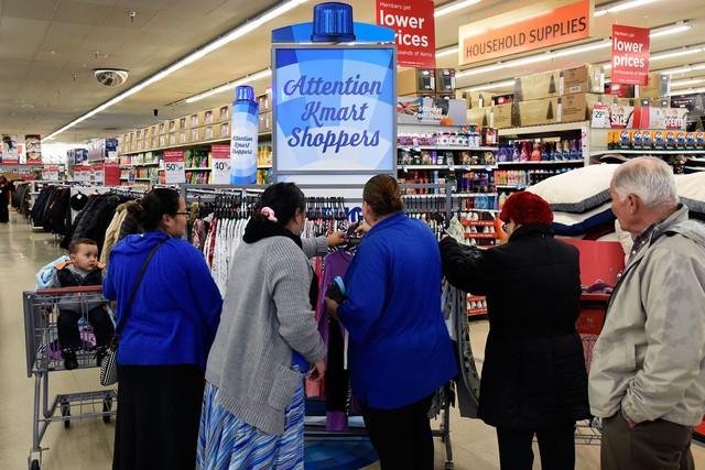 """Bài học """"thay đổi hay là chết"""" của Kmart: Từ vị thế ông hoàng siêu thị ở Hoa Kỳ đến kết cục đen tối dưới đế giày các đối thủ - Ảnh 4."""