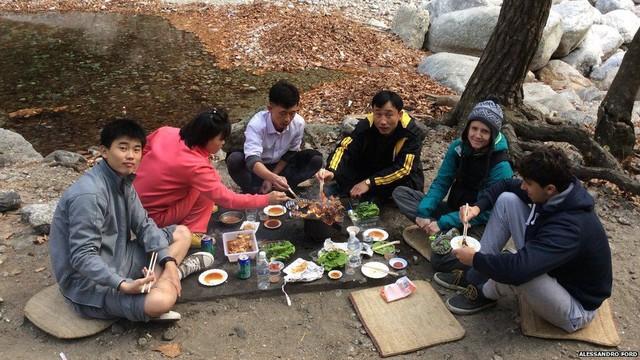 Trải nghiệm kỳ lạ của anh chàng du học sinh châu Âu đầu tiên tại Triều Tiên - Ảnh 2.