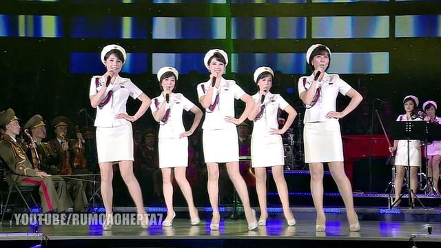 Văn hóa Triều Tiên thay đổi chóng mặt ra sao dưới thời nhà lãnh đạo Kim Jong Un ? - Ảnh 3.