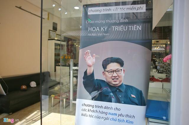 [Góc nhanh trí] Một salon tóc ở Hà Nội nhận cắt miễn phí kiểu tóc Kim Jong-un và Donald Trump, nhân dịp hội nghị thượng đỉnh Mỹ - Triều sắp diễn ra - Ảnh 4.