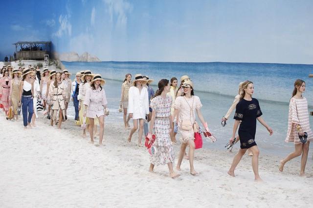 Nếu không có Karl Lagerfeld, Chanel đã không trở thành một đế chế bất bại như ngày hôm nay - Ảnh 11.