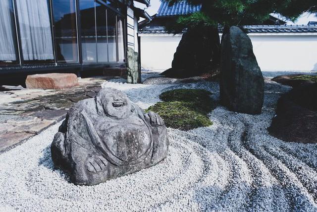 Một ngày tại làng nghề truyền thống Kyoto, nơi các nghệ nhân làm giấy, dệt lụa theo phương pháp thủ công qua hàng thế kỷ - Ảnh 16.