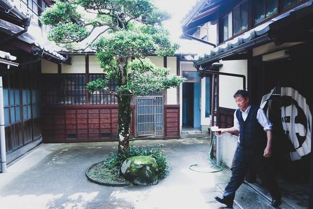 Một ngày tại làng nghề truyền thống Kyoto, nơi các nghệ nhân làm giấy, dệt lụa theo phương pháp thủ công qua hàng thế kỷ - Ảnh 17.