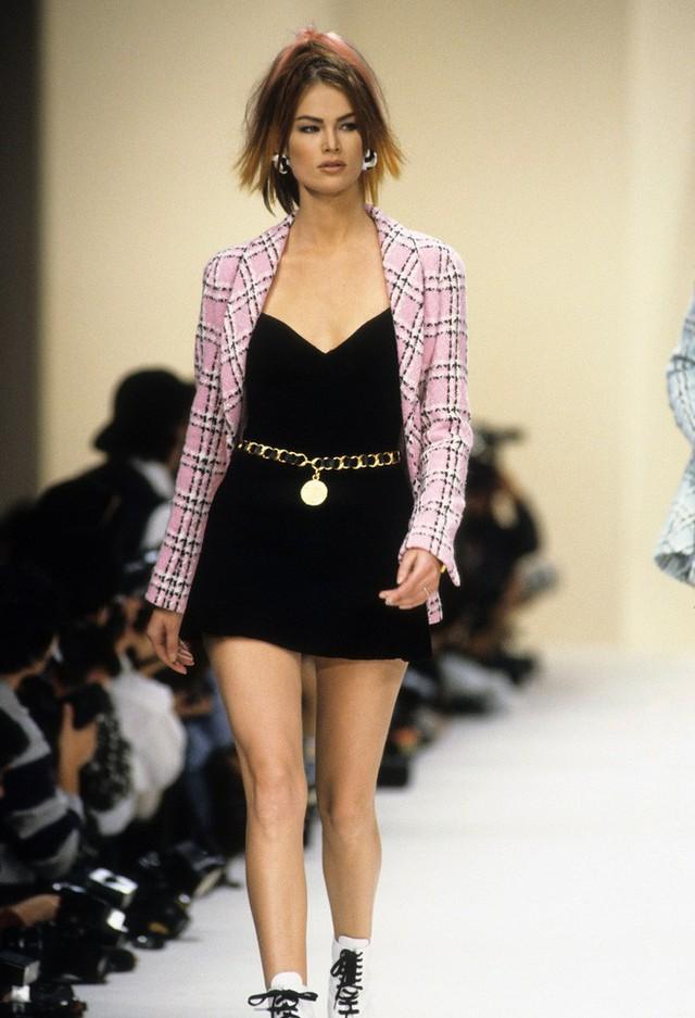 Nếu không có Karl Lagerfeld, Chanel đã không trở thành một đế chế bất bại như ngày hôm nay - Ảnh 3.