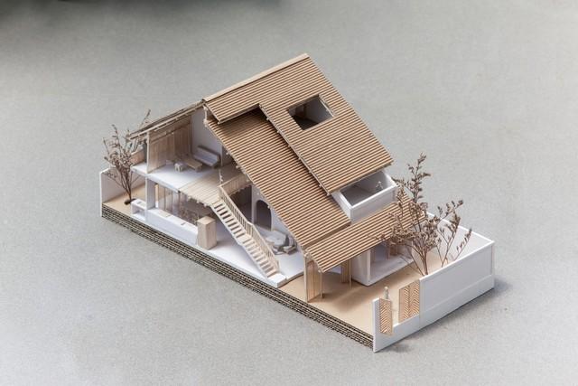 Ngôi nhà mái ngói đất nung, phong cách cổ xưa độc đáo ở TP HCM - Ảnh 3.