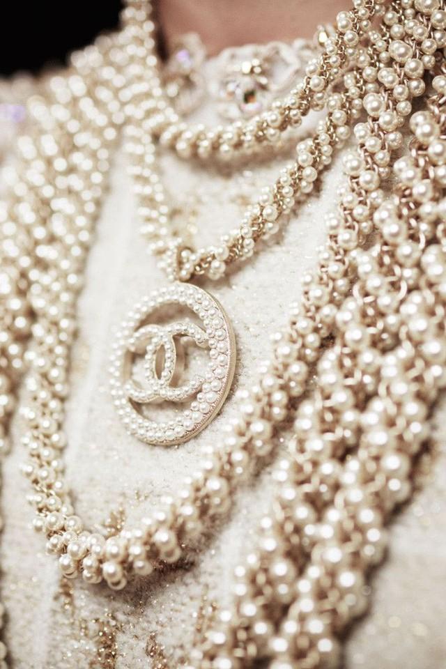 Nếu không có Karl Lagerfeld, Chanel đã không trở thành một đế chế bất bại như ngày hôm nay - Ảnh 7.