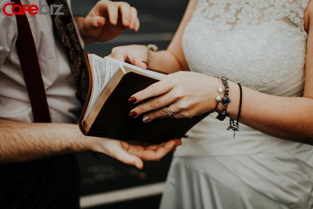 Nghiên cứu khoa học: Tránh xa điện thoại giúp hôn nhân hạnh phúc và bền vững - Ảnh 2.