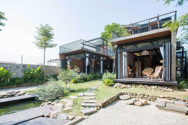 Tiền nhiều để làm gì: Muốn sống chung cả đời, hai gia đình xây biệt thự song lập ở Đà Nẵng - Ảnh 3.
