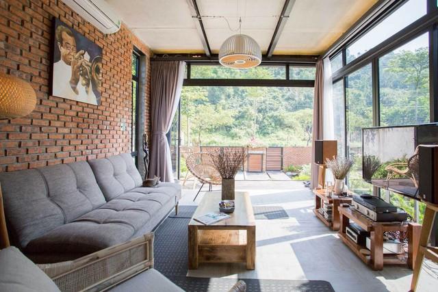 Tiền nhiều để làm gì: Muốn sống chung cả đời, hai gia đình xây biệt thự song lập ở Đà Nẵng - Ảnh 7.