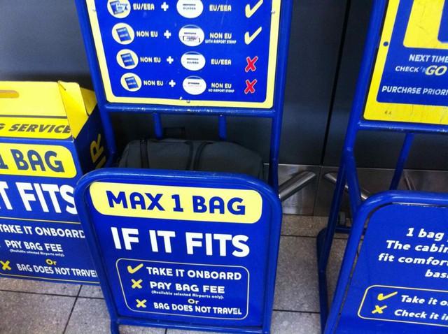 Tại sao các hãng hàng không giá rẻ châu Âu lại có thể bán nhiều vé 0 đồng đến vậy? - Ảnh 1.