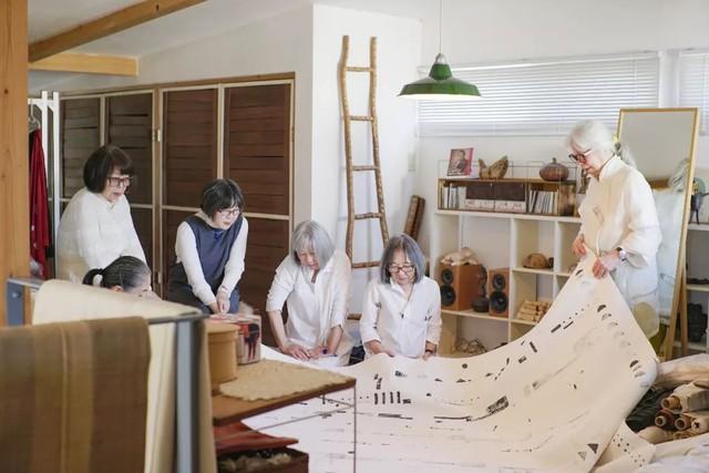 Cụ bà 76 tuổi yêu thích đọc sách, nấu ăn, sống gần thiên nhiên trong ngôi nhà thôn quê rộng 400m² ở Nhật Bản - Ảnh 18.