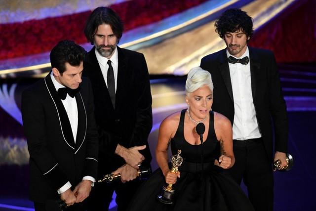 Bài phát biểu truyền cảm hứng của Lady Gaga tại Oscar 2019: Nếu bạn có ước mơ, hãy chiến đấu vì nó. Điều quan trọng không phải là chiến thắng mà là không bao giờ bỏ cuộc - Ảnh 2.