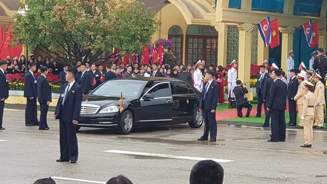 Siêu xe bọc thép Mercedes S600 đưa chủ tịch Kim Jong-un từ Đồng Đăng về Hà Nội có gì đặc biệt? - Ảnh 2.