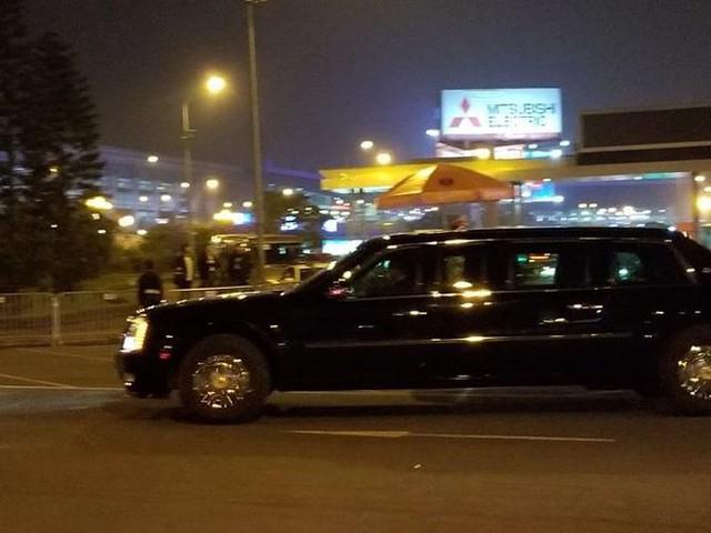 Đoàn xe Tổng thống Mỹ Trump về khách sạn JW Marriott - Ảnh 34.