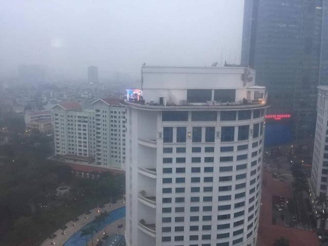 Không chỉ có MBC News, nhiều hãng thông tấn quốc tế cũng chọn được những địa điểm chất không kém ở Hà Nội để dẫn bản tin thời sự - Ảnh 2.