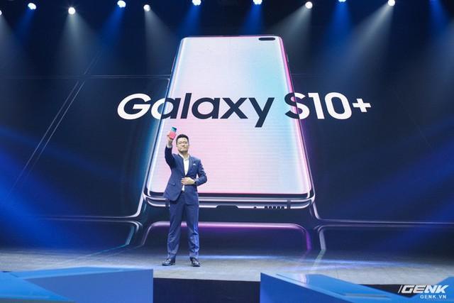 Bộ ba Galaxy S10 chính thức ra mắt ở Việt Nam: giá khởi điểm từ 16 triệu , cao nhất 34 triệu - Ảnh 1.