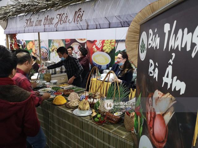 Chỉ nhìn qua vài món đãi phóng viên quốc tế thời gian Hội nghị thượng đỉnh cũng thấy ngay những địa điểm ăn uống nức tiếng Hà Nội - Ảnh 1.