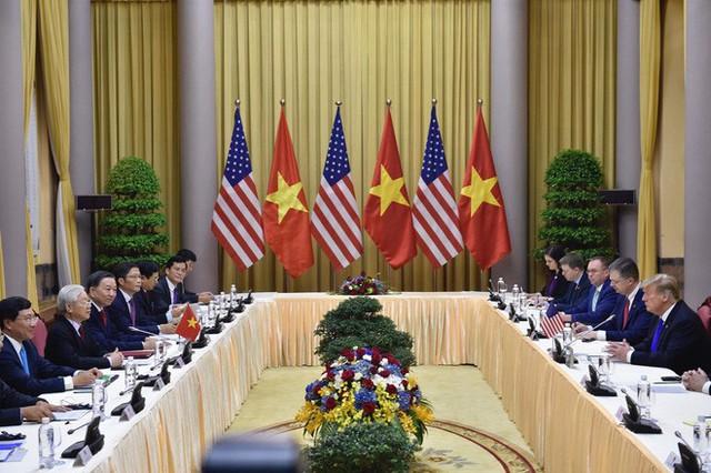 TT Trump rời Văn phòng Chính phủ sau bữa trưa làm việc cùng Thủ tướng Nguyễn Xuân Phúc, chuẩn bị trở về khách sạn - Ảnh 18.