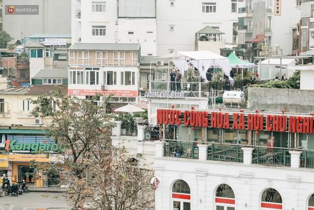 Vì sao các hãng thông tấn quốc tế đều chọn những nóc nhà của Hà Nội để đưa tin về Hội nghị thượng đỉnh Mỹ - Triều? - Ảnh 4.