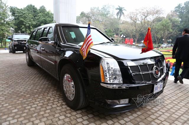 Quả cầu đen bí ẩn trên nóc xe hộ tống Tổng thống Trump - Ảnh 5.