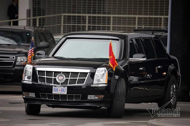 Quả cầu đen bí ẩn trên nóc xe hộ tống Tổng thống Trump - Ảnh 8.