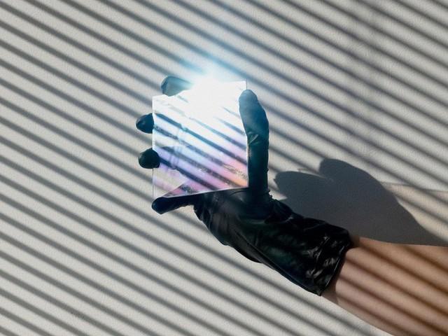 Như tiểu thuyết trọn bộ: FBI đã giăng bẫy Huawei sau khi người Trung Quốc cố gắng lấy trộm công nghệ kính kim cương của Mỹ như thế nào? - Ảnh 1.