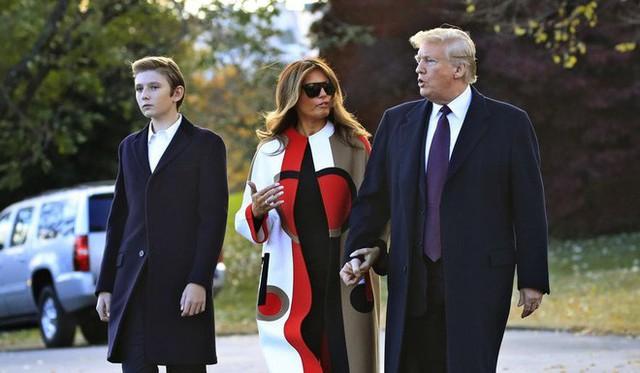 Quý tử út Tổng thống Trump: Cậu ấm hot nhất hành tinh với combo điển trai, lạnh lùng, nhà mặt phố, bố làm to - Ảnh 13.