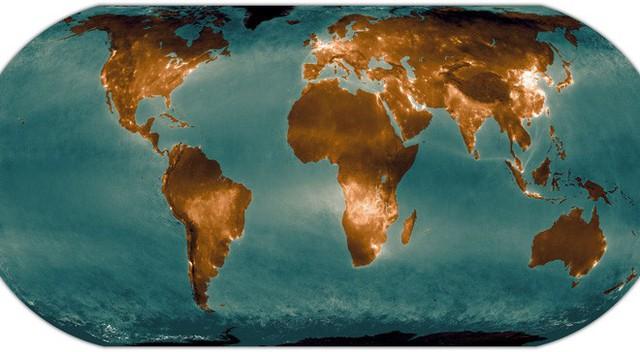 Đây không phải ánh đèn đô thị đâu, mà chính là khí thải phát ra bởi con người - Ảnh 1.