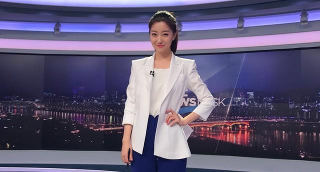 Dàn phóng viên Hàn Quốc và Nhật Bản bỗng dưng nổi tiếng trên mạng xã hội khi tác nghiệp tại hội nghị thượng đỉnh Mỹ - Triều - Ảnh 19.
