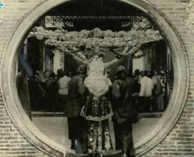 Ảnh hiếm về cách tổ chức hôn lễ của một gia đình quý tộc Trung Quốc thời nhà Thanh - Ảnh 15.
