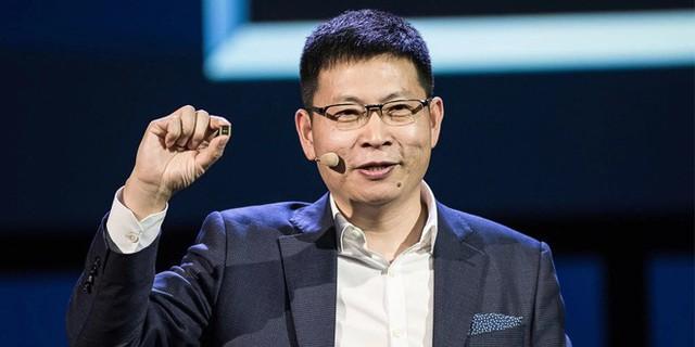 Huawei sẽ sớm ra mắt smartphone màn hình gập giá rẻ, tự tin vượt mặt Samsung trong năm nay - Ảnh 1.