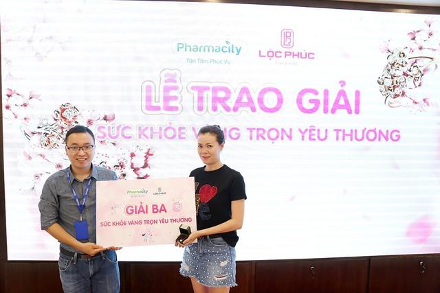 Pharmacity và Lộc Phúc trao giải vàng cho các khách hàng may mắn - Ảnh 5.