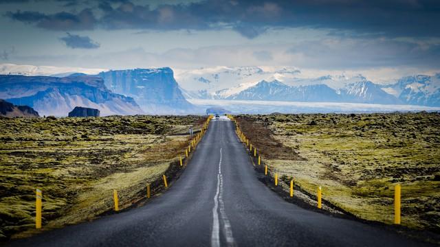 Chùm ảnh: 10 cung đường đẹp nức tiếng thế giới mà dân phượt đã đi là không muốn trở về - Ảnh 8.