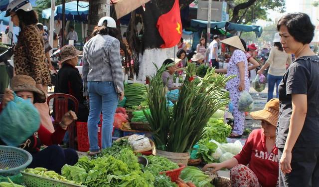 Điều gì khiến đầu bếp nổi tiếng Gordon Ramsay nói rằng: Chất lượng thức ăn Việt Nam quá cao so với giá thành! - Ảnh 3.