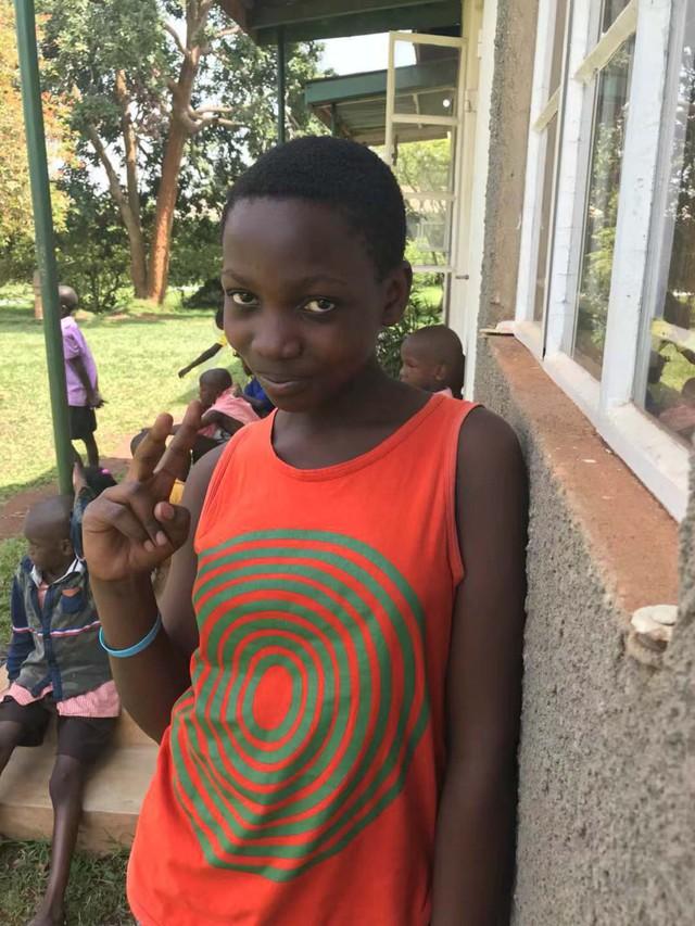 Ước mơ 50 xu và câu chuyện blockchain đưa những đứa trẻ nhịn đói Uganda trở lại trường học - Ảnh 2.