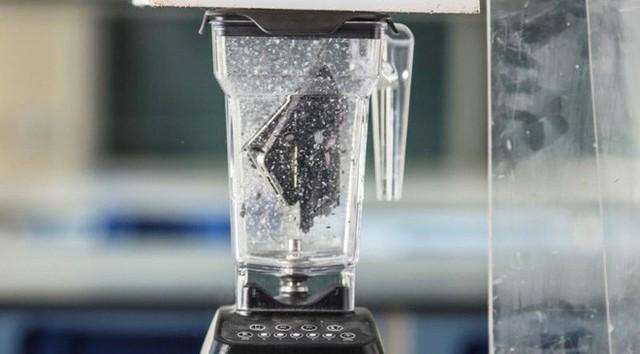 Xay nát iPhone ra thành bột, các nhà khoa học phân tích từng thành phần có trong nó - Ảnh 1.